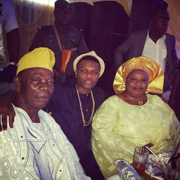wpid-wizkid_parents-600x600.jpeg